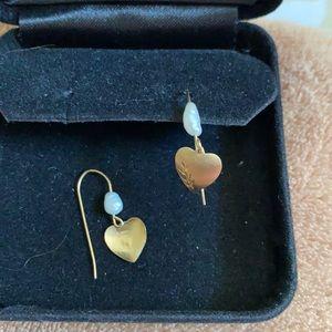 Very pretty gold heart and pearl pierced earrings
